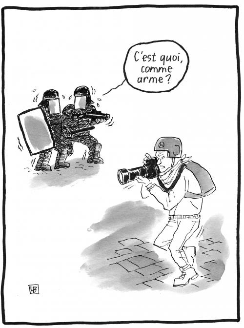 webzine,bd,zébra,gratuit,fanzine,bande-dessinée,caricature,manifestation,crs,police,photographe,arme,dessin,presse,satirique,editorial cartoon,lb